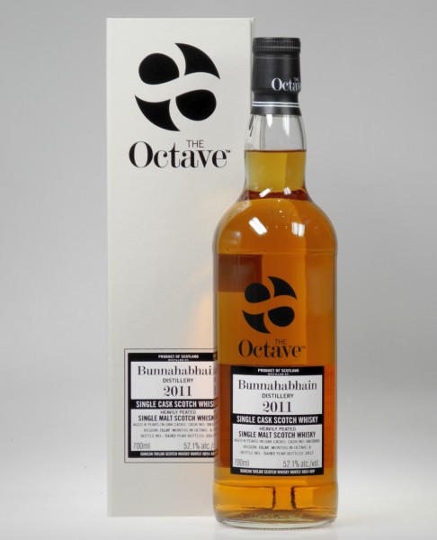 Bunnahabhain Octave Cask Islay heavily peated Whisky
