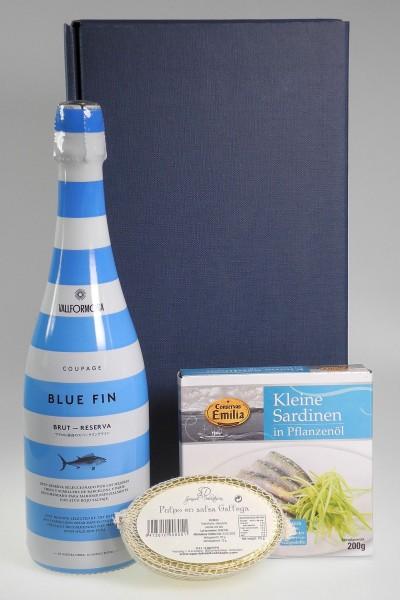 Weinpräsent Sekt BLUE FIN Cava, Pulpo & Sardinen